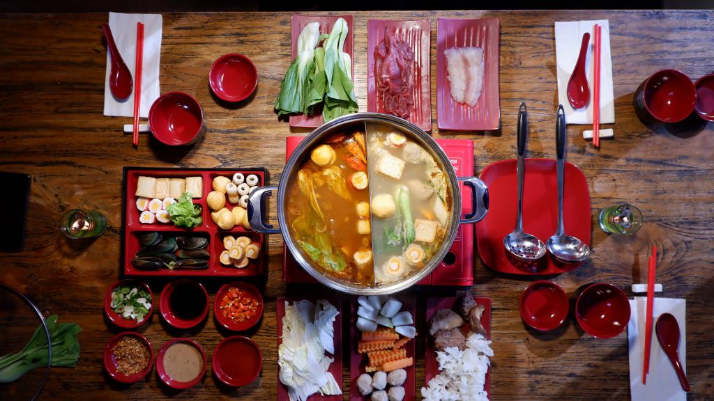 Buat kamu pecinta masakan Jepang, SUKIYAKI akan segera hadir di Nava Hotel !