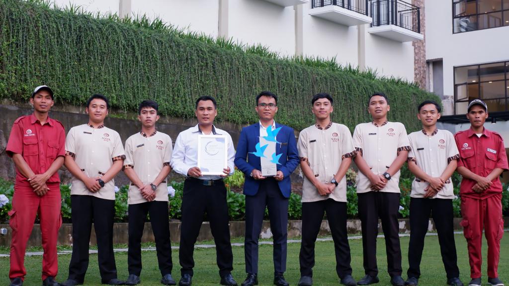 Nava Hotel Sabet Penghargaan Sebagai  Best Experience In Cleanliness Premium Hotel Jateng Dari Traveloka Hotel Awards 2019