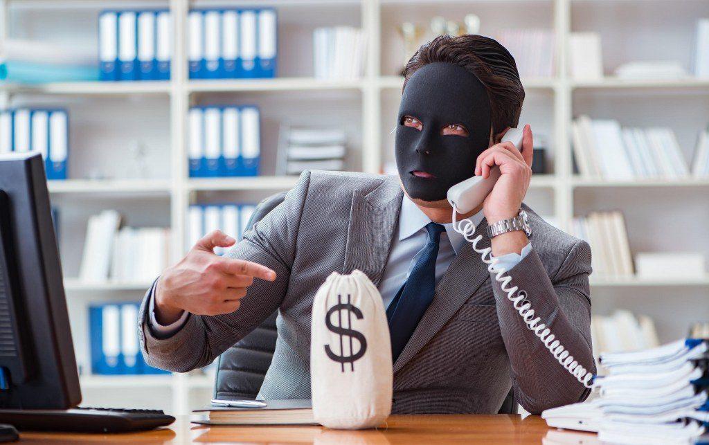 Tips traveling aman dari scam hotel !
